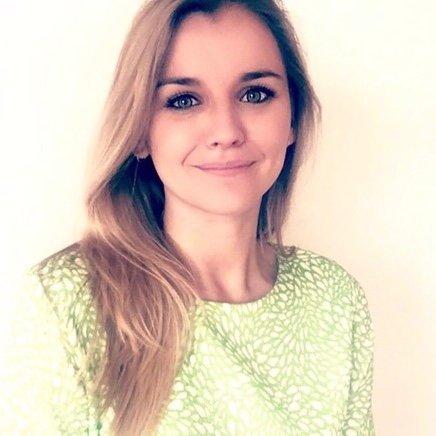 Ester Naenen